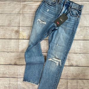 Levi's 501 Skinny Button Fly NWT